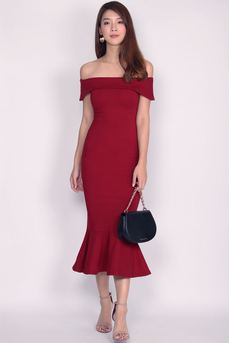 *Restock* Georgina Off Shoulder Mermaid Dress In Wine Red