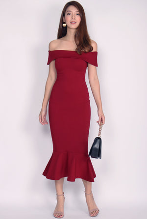 Georgina Off Shoulder Mermaid Dress In Wine Red