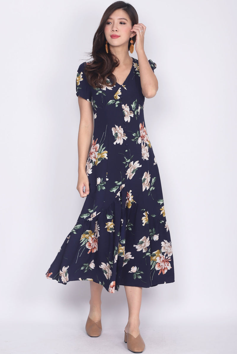 Geovana Buttons Slit Mermaid Maxi Dress In Navy Garden