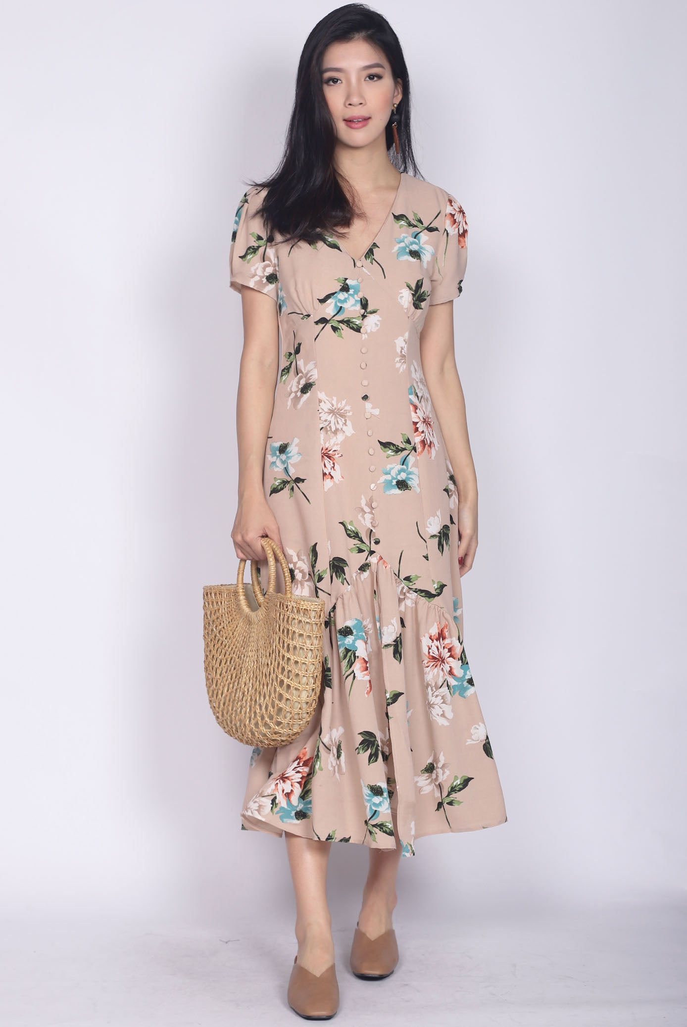 189bd0432ca Geovana Buttons Slit Mermaid Maxi Dress In Nude Floral – The Design ...