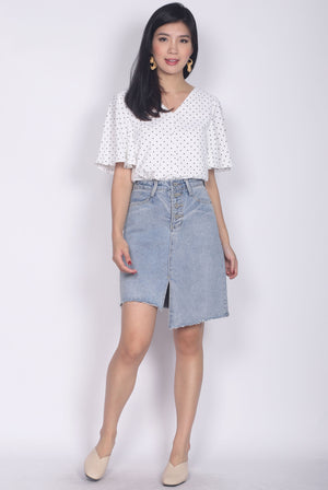 Ginnie Polkadot Sleeved Buttons Top In White
