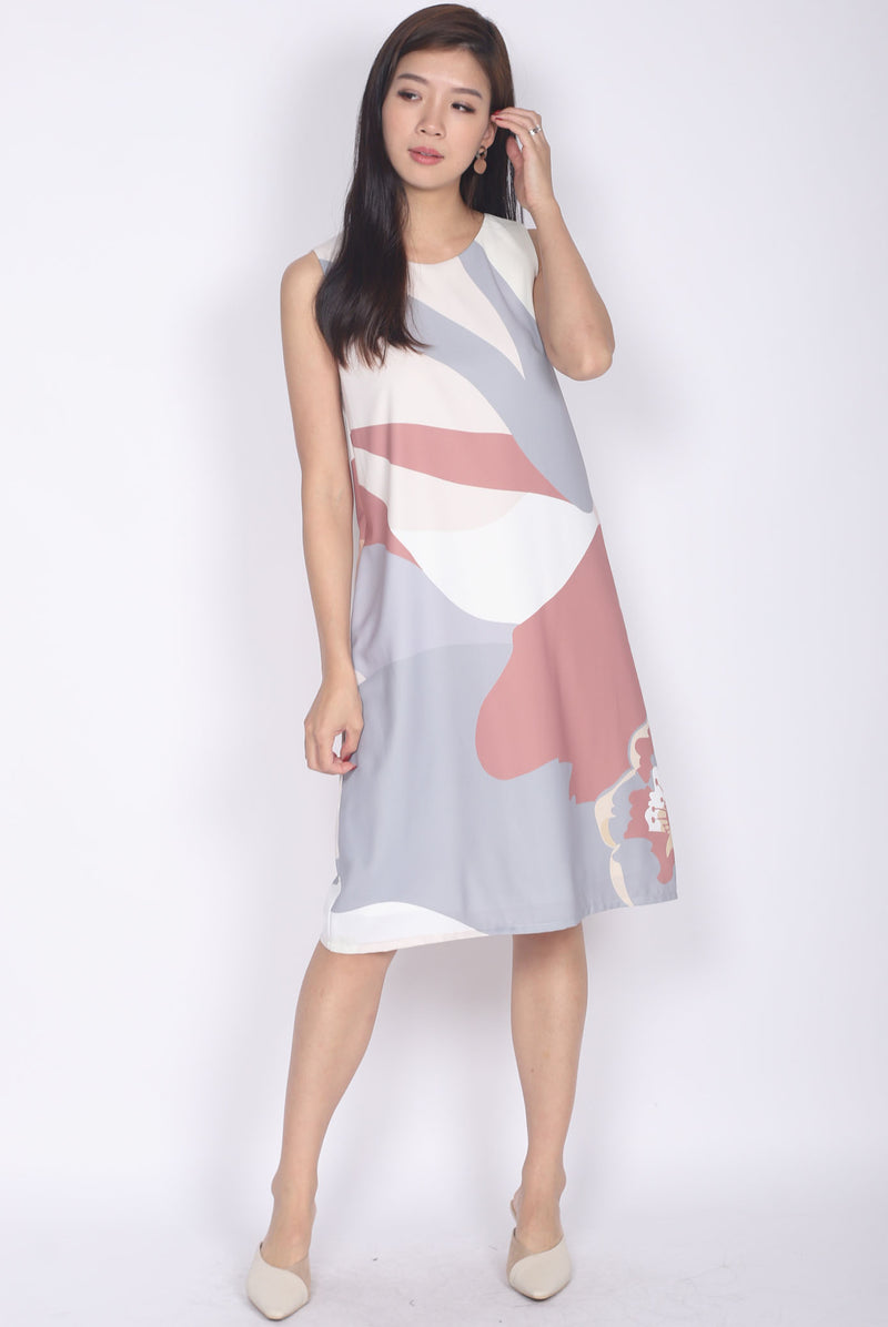 TDC Ginnifer Two Ways Abstract Dress In Earth