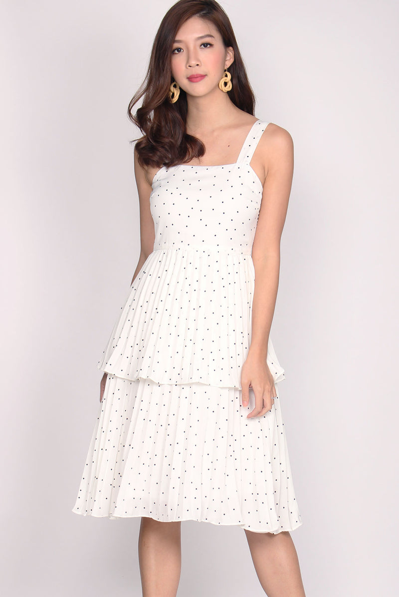 Giovanna Waterfall Midi Dress In White Dots