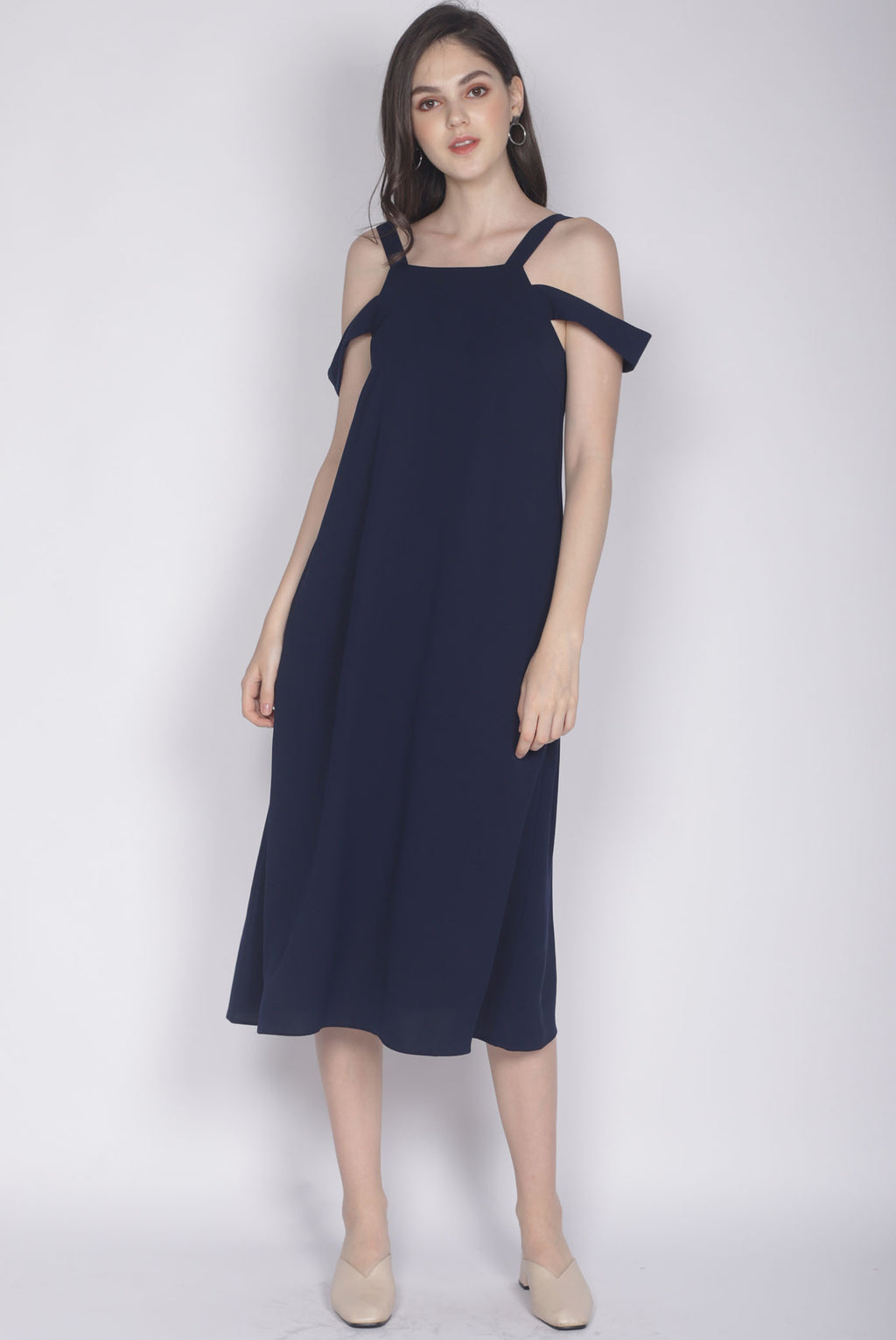 Glynis Drop Shoulder Maxi Dress In Navy Blue