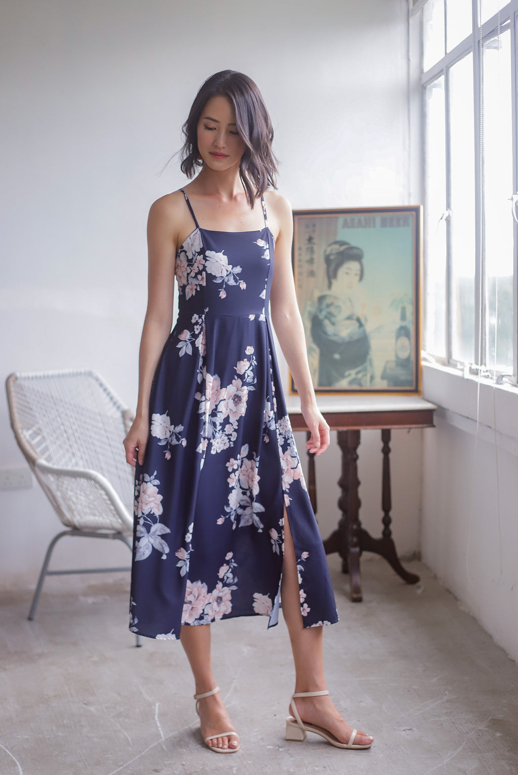 Gracie Tie Back Floral Midi Dress In Navy Blue