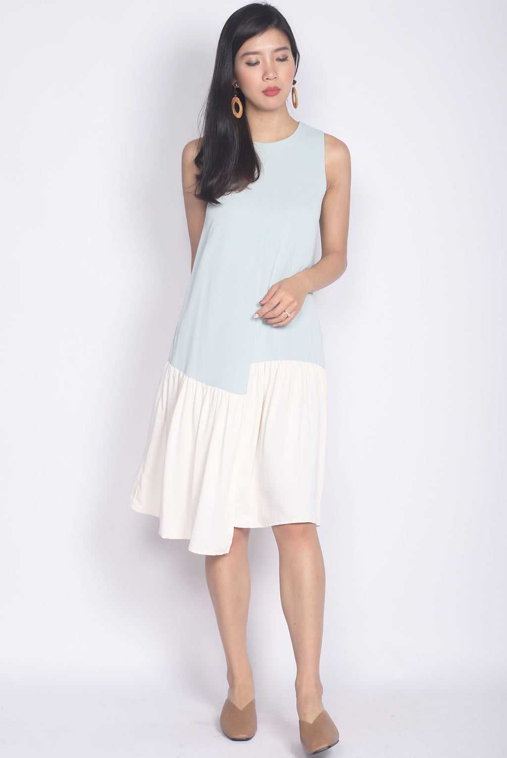 Gramercy Colour Block Step Dress In Mint/White