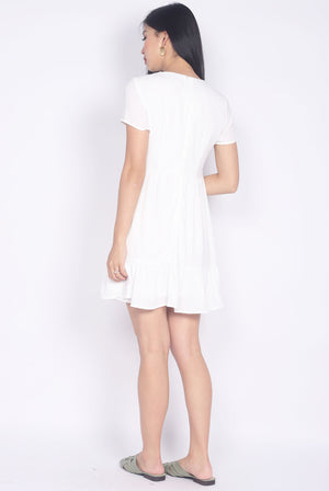 Grecia Embriodery Babydoll Sleeve Dress In White
