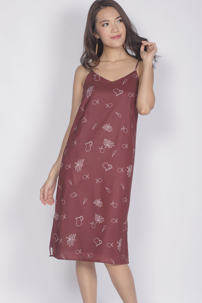 Grete Printed Spag Dress In Wine Red