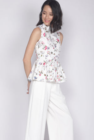 Haldis Removable Oriental Collar Top In White