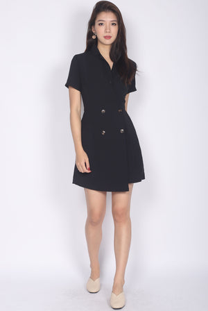 Halley Buttons Sleeved Romper In Black