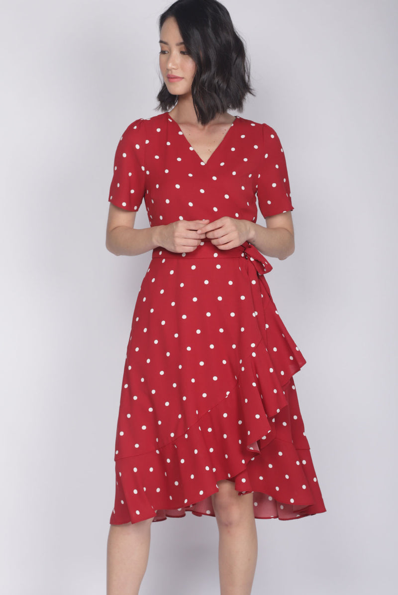 Haylie Polkadot Wrap Dress In Red