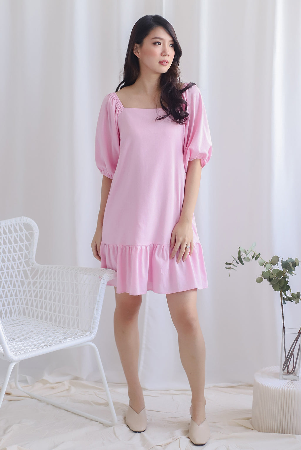 Henria Puffy Sleeve Drop Hem Dress In Pink