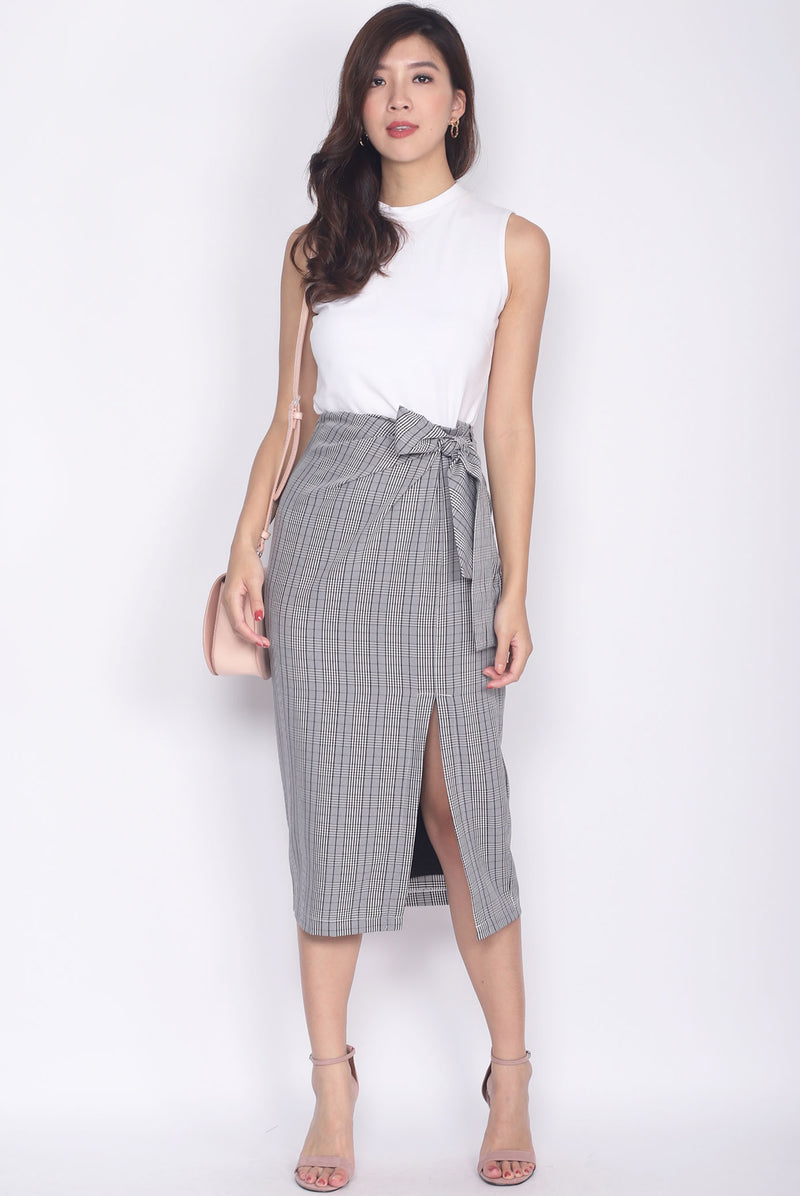 Lolette Tie Up Slit Cut Skirt In Plaids