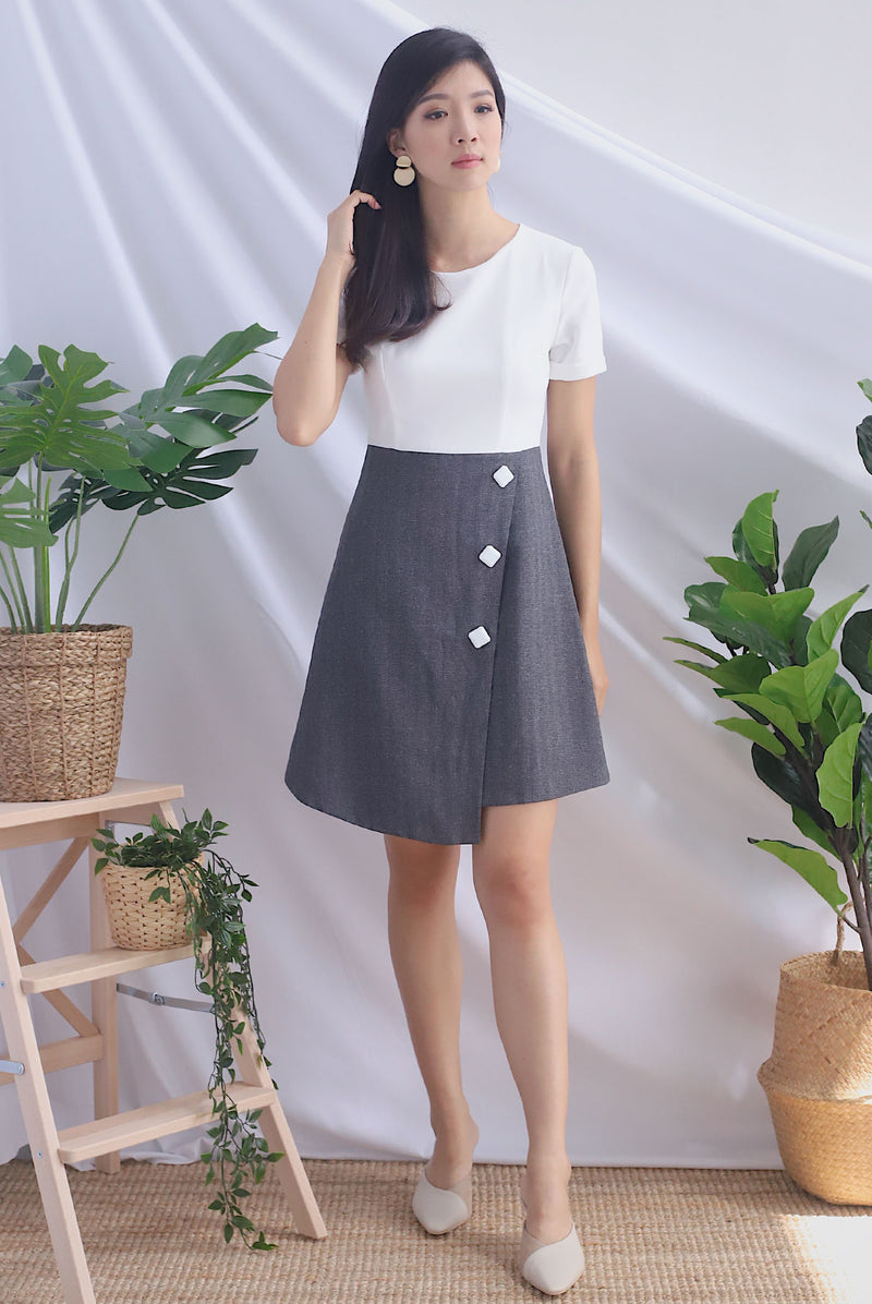 Iowa Tweed Block Sleeved Buttons Dress In White/Grey