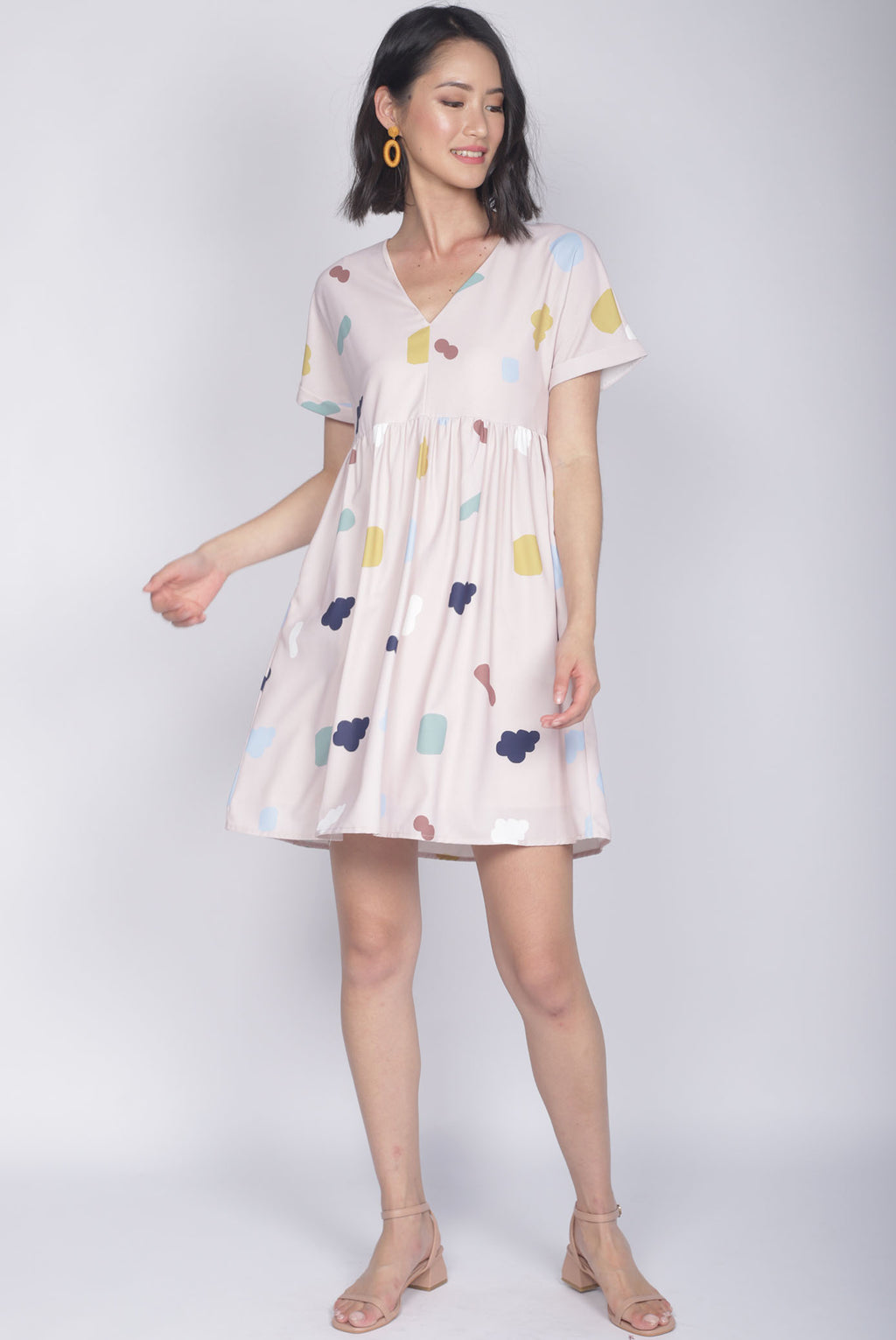 Iselle Cloud Cuff Sleeve Dress In Pink