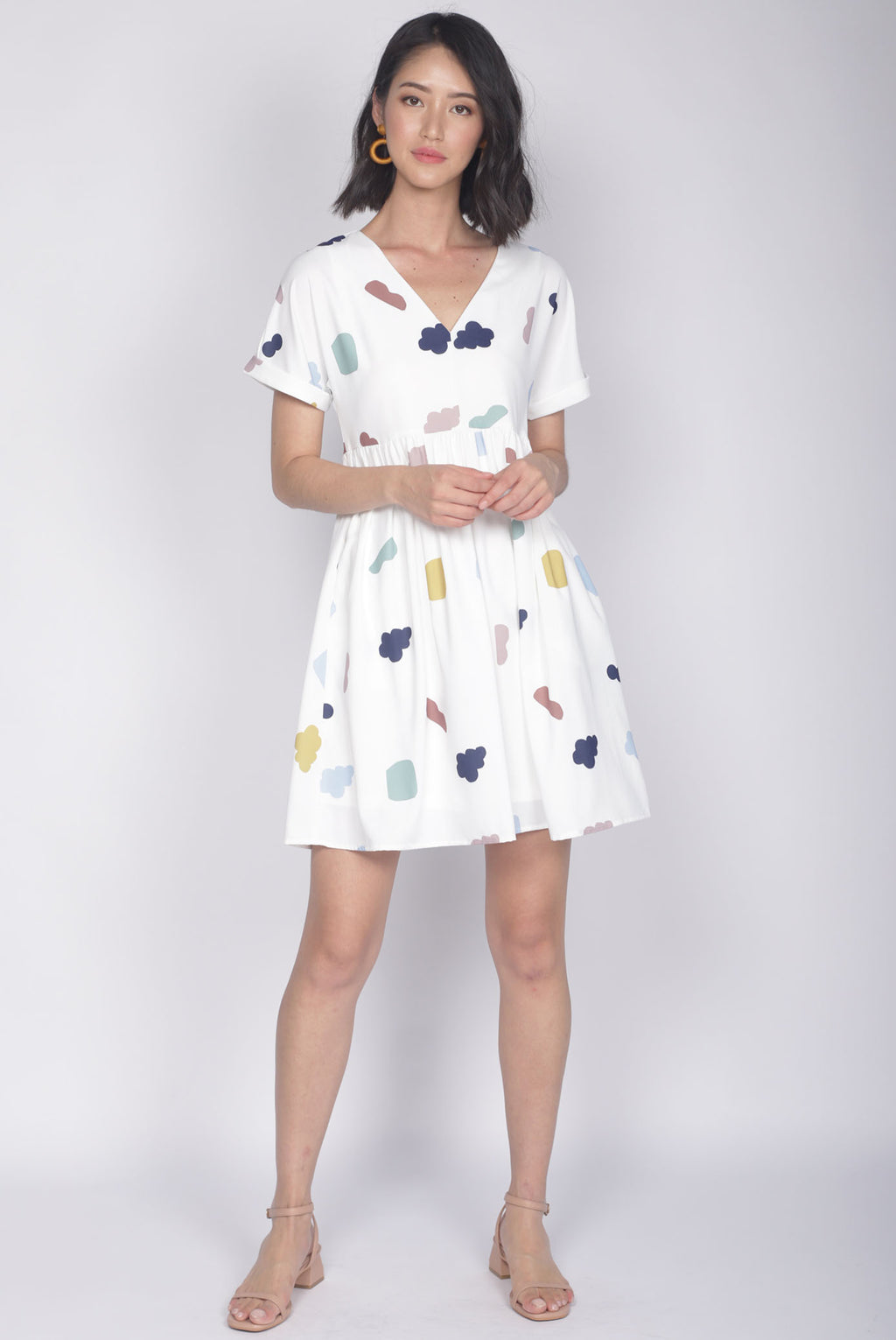 Iselle Cloud Cuff Sleeve Dress In White
