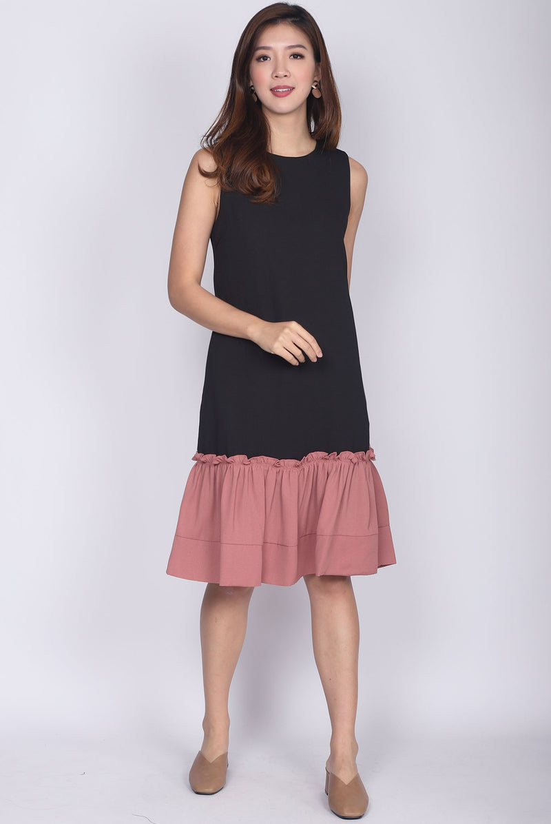 Jendyose Colour Block Drop Waist Dress In Black