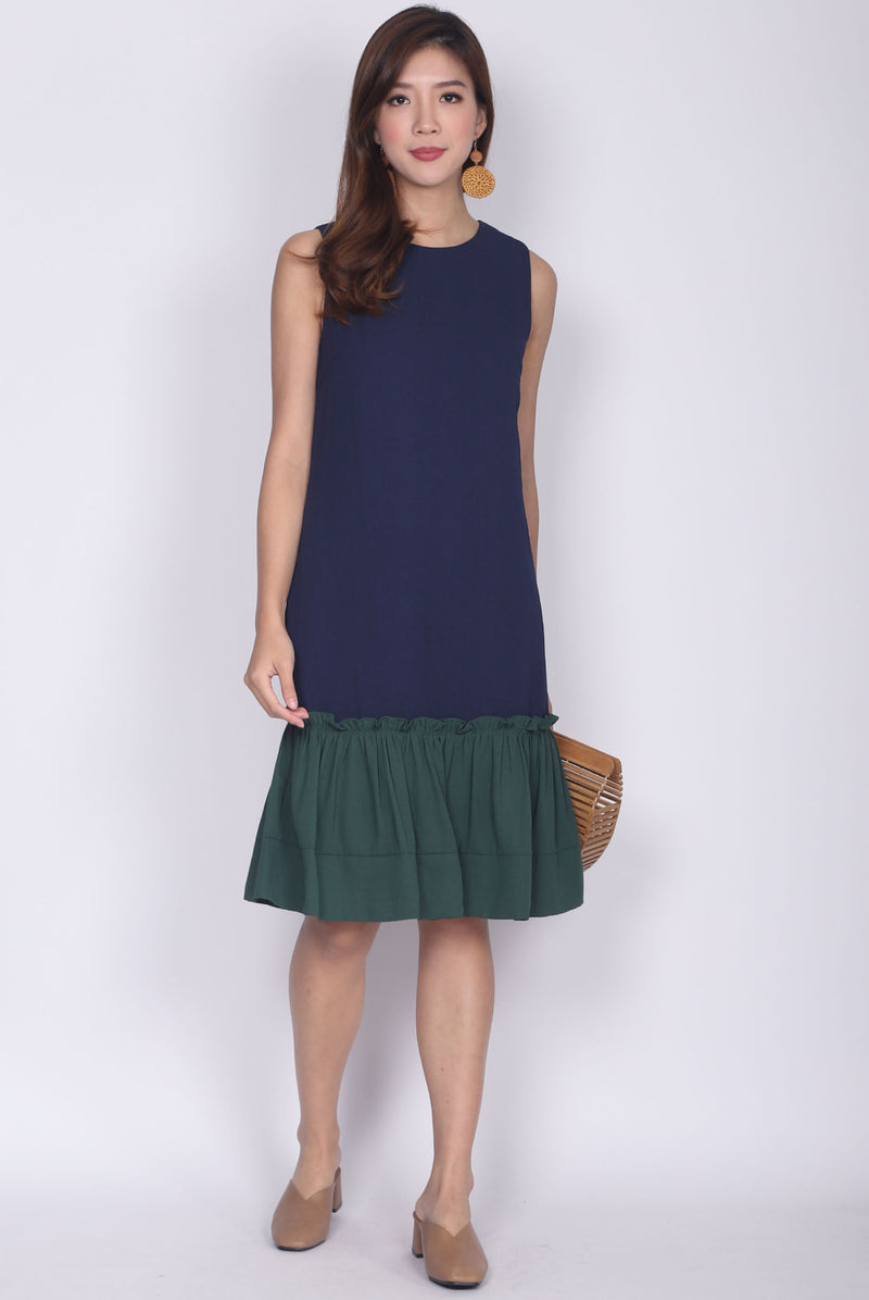Jendyose Colour Block Drop Waist Dress In Navy Blue