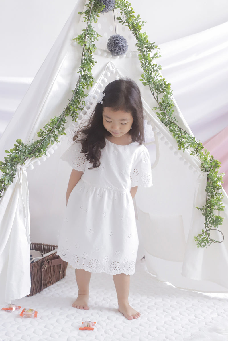 *Kids* Kacie Eyelet Sleeved Dress In White