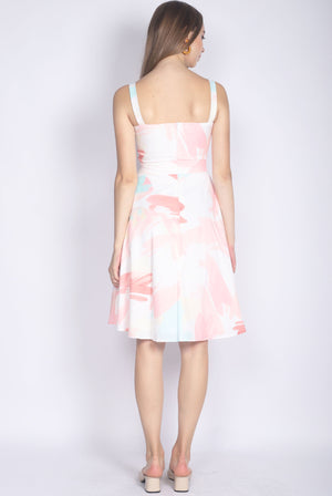 Kailyn Brush Abstract Skater Dress In Pink