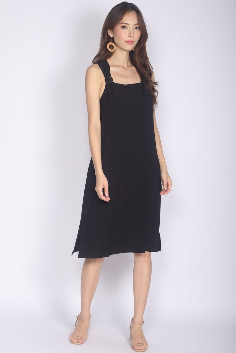 Kalera Buckle Shoulder Dress In Black