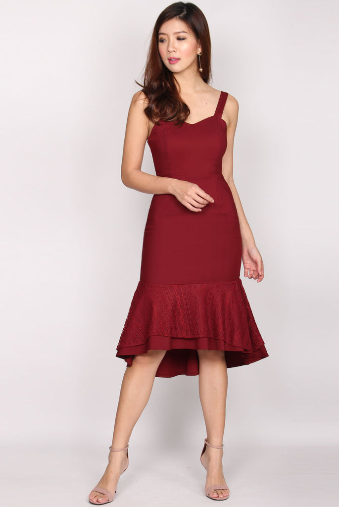 *BACKORDER* Katie Lace Overlay Mermaid Dress In Wine Red