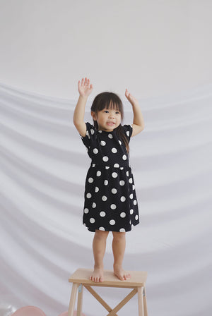 *Kids* Clarisse Polkadot Poof Sleeve Dress In Black