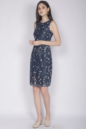 Kristy Floral Lace Removable Collar Dress In Navy Blue