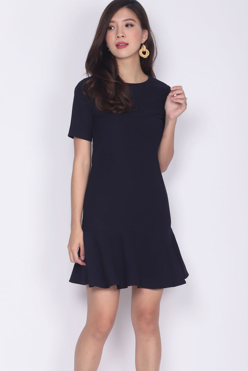 Kristy Sleeved Drop Hem Dress In Midnight Blue