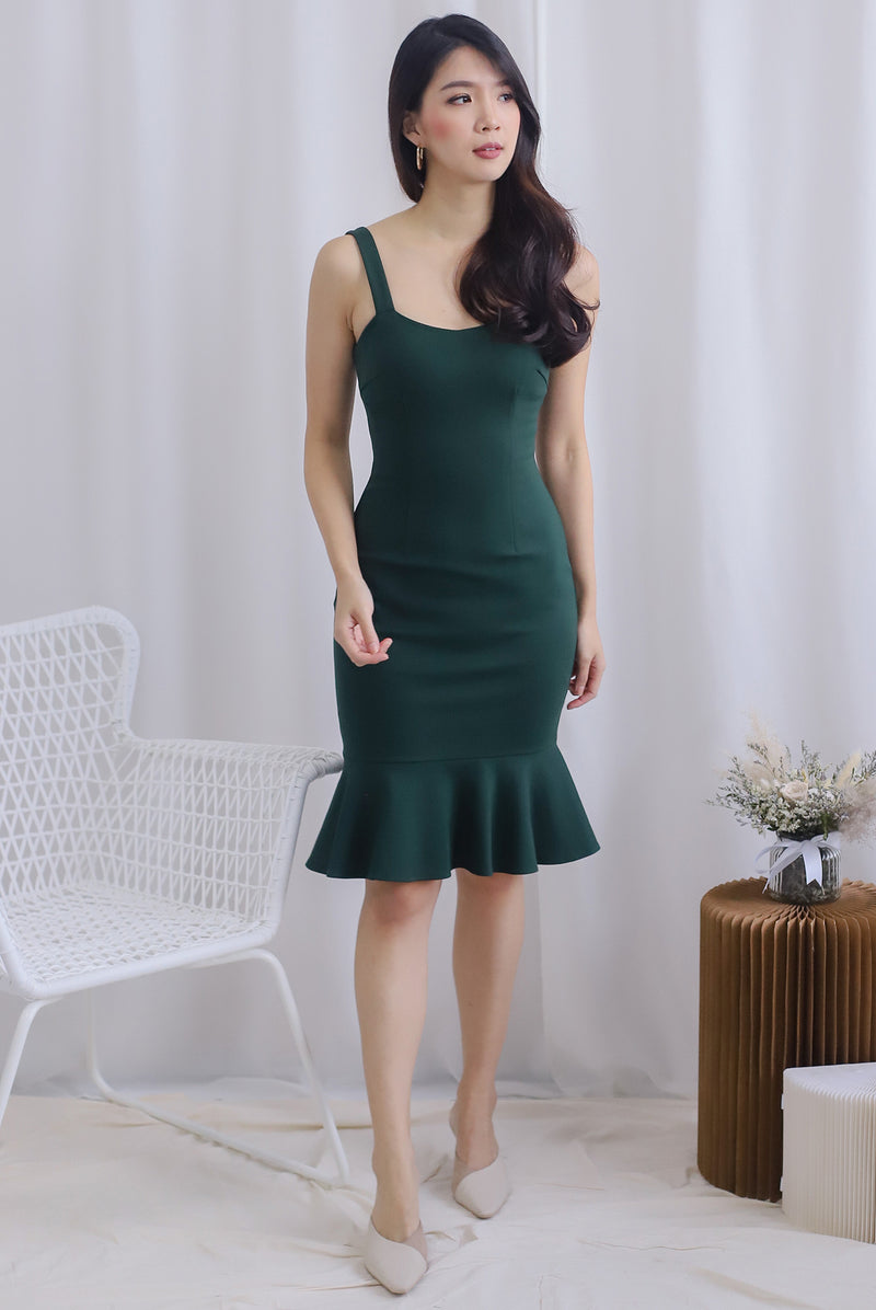 Lamis Strap Mermaid Dress In Forest Green