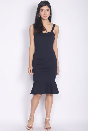Lamis Strap Mermaid Dress In Navy Blue