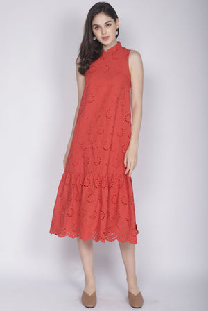 Leisha Eyelet Removable Collar Dress In Rust