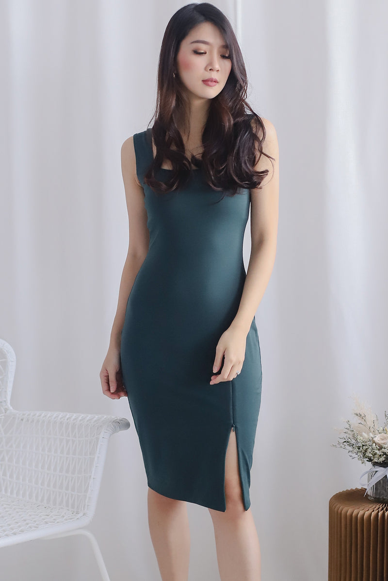 Lilura Zip Slit Dress In Forest Green