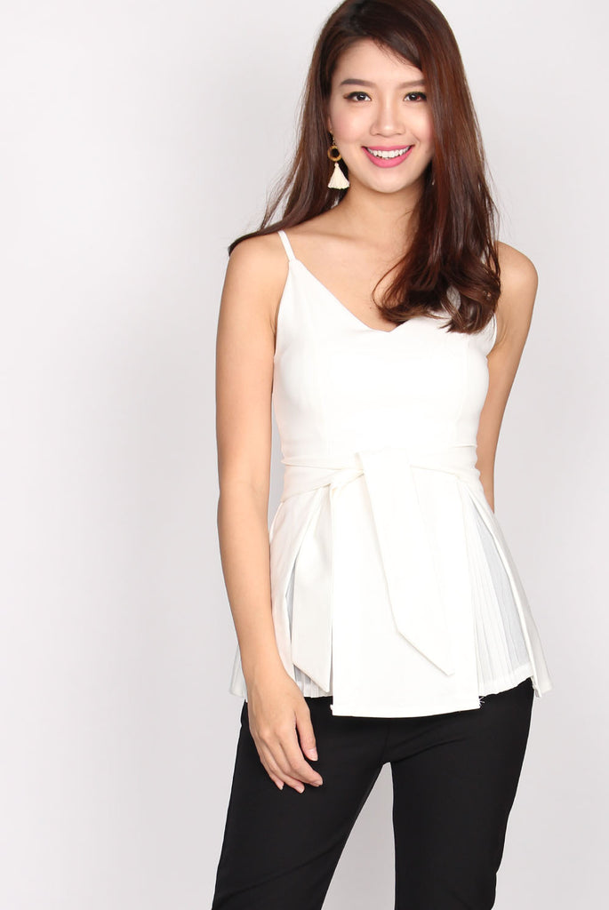Louisa V Neck Pleated Top In White