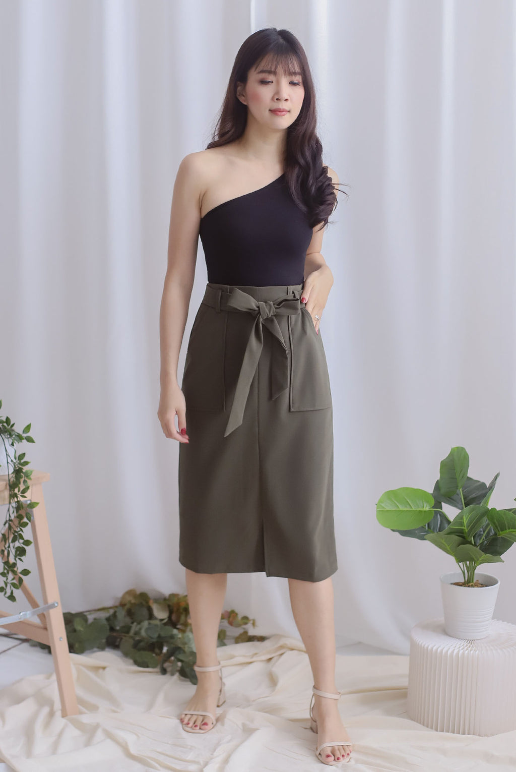 Pixie Utility Pockets Skirt In Olive