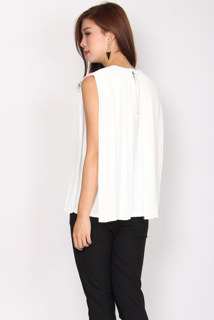 Magdelene Pleated Layer Top In White