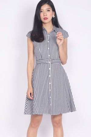 Maile Gingham Belted Dress In Black