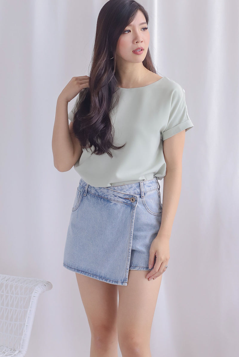 Mamie Basic Box Top In Sage