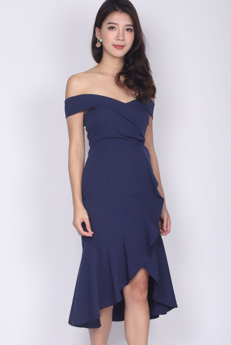 Mariabella Off Shoulder Mermaid Dress In Navy Blue