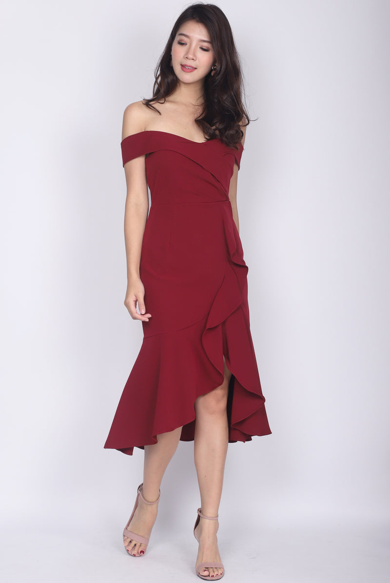 Mariabella Off Shoulder Mermaid Dress In Wine Red