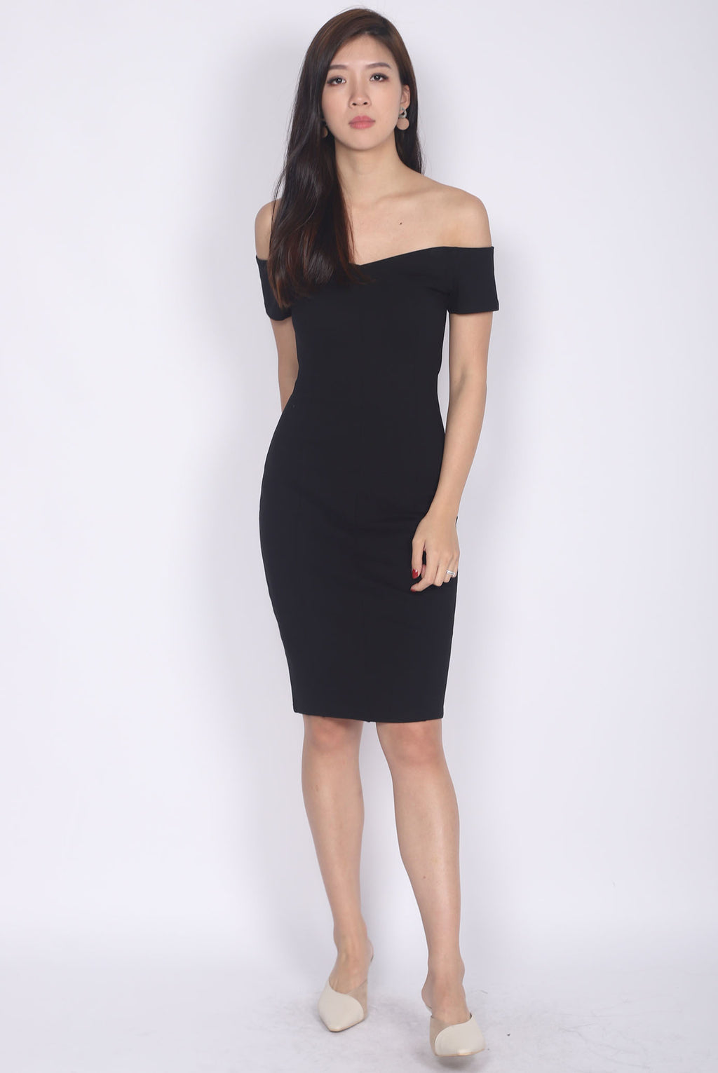 Marissa Off Shoulder Dress In Black