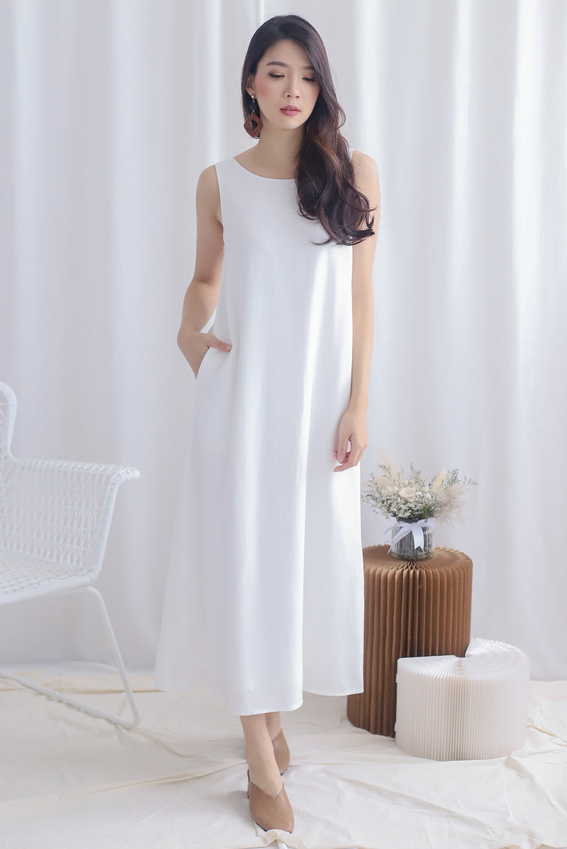 Meira 2 Way Maxi Dress In White