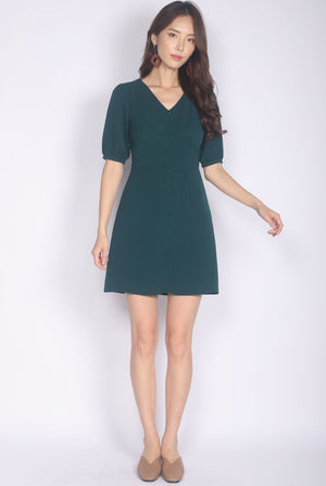 Mertice Sleeved Buttons Dress In Forest Green