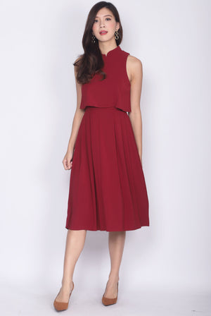 Misako Tiered Cheong Sam Midi Dress In Wine Red