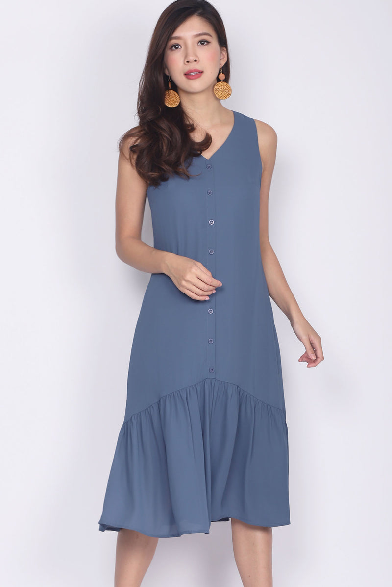 Myri Buttons Down Drop Hem Dress In Ash Blue