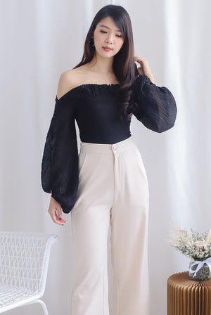*Premium* Narelle Pleated Off Shoulder Top In Black