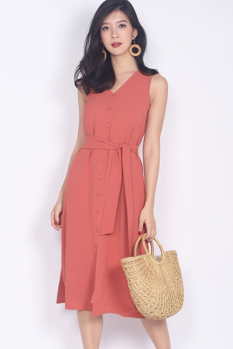Noralyn Buttons Midi Slit Dress In Rose