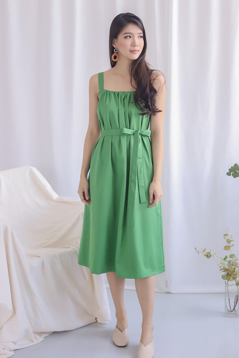 Nyota Gathered Dress In Green