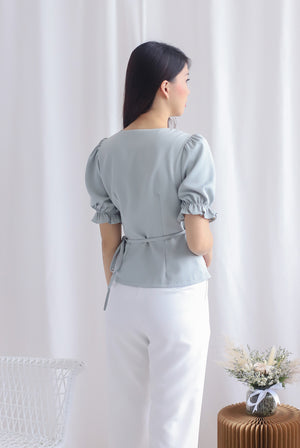 Oaklee Puffy Sleeve Wrap Top In Sage