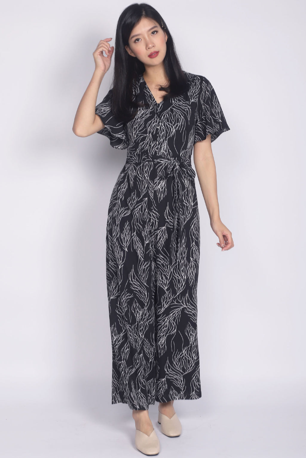 Ollie Stem Flutter Sleeve Jumpsuit In Black